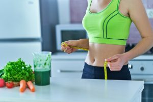 Women doing weight loss by eating healthy meals and drinking smoothies (Weight Loss Fitness Krazy)